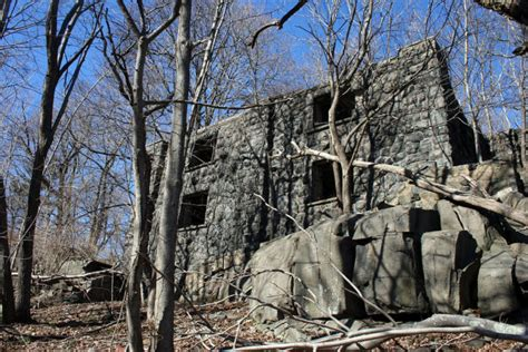 The Hidden Ruins Of Cliff Dale Manor In The New Jersey