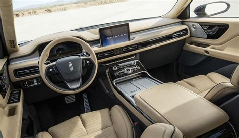 2020 Lincoln Aviator | Top Speed