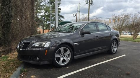 How to: Front brakes on Pontiac G8 GT - YouTube