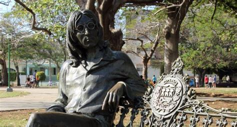 10 Things to See and Do Around the John Lennon Park, Cuba