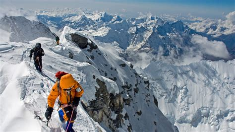 Adventure Photographer Jimmy Chin: Defying the Rational