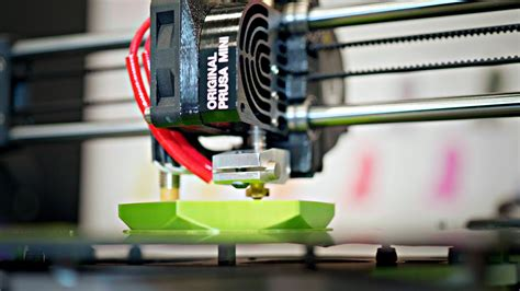 What you need to know about the $349 Prusa Mini (it's 32