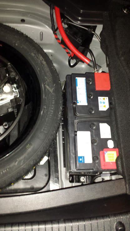 2010 E350 (W212) Aux Battery Replacement - MBWorld