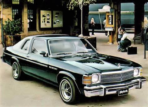 Bucking a Trend: The Round-Headlamp Cars of 1979 | The