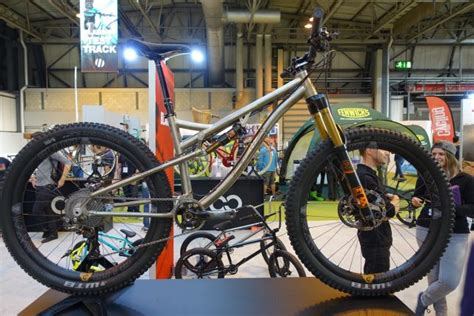 Cycle Show 2016: Titanium Full-Susser From Lynskey